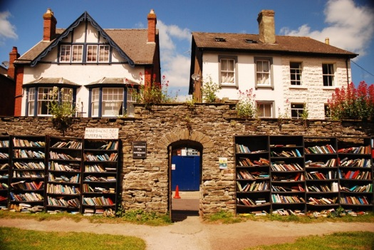 Book-towns-Hay-on-Wye-Castle-bookshop