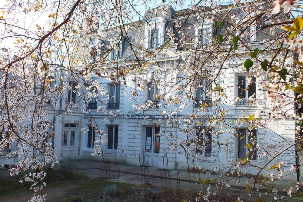10 Stunning Writers' Homes, blog post by Aspasia S. Bissas, aspasiasbissas.com. . Alphonse Daudet, Letters from My Windmill, Draveil, Champrosay, Paris, France, Zola, Proust, Rodin