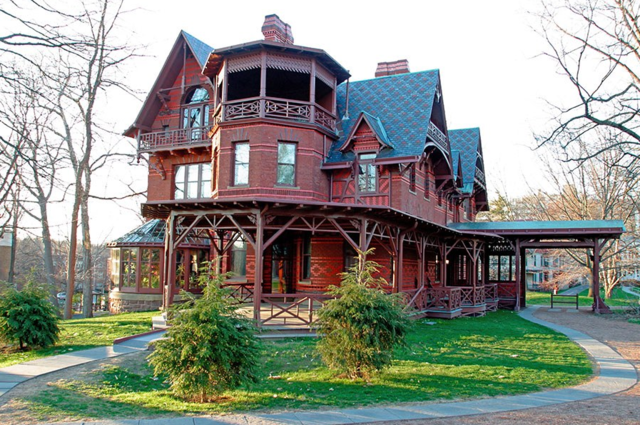 10 Stunning Writers' Homes, blog post by Aspasia S. Bissas, aspasiasbissas.com. . Mark Twain, Tom Sawyer, Huckleberry Finn, Hartford, Connecticut.