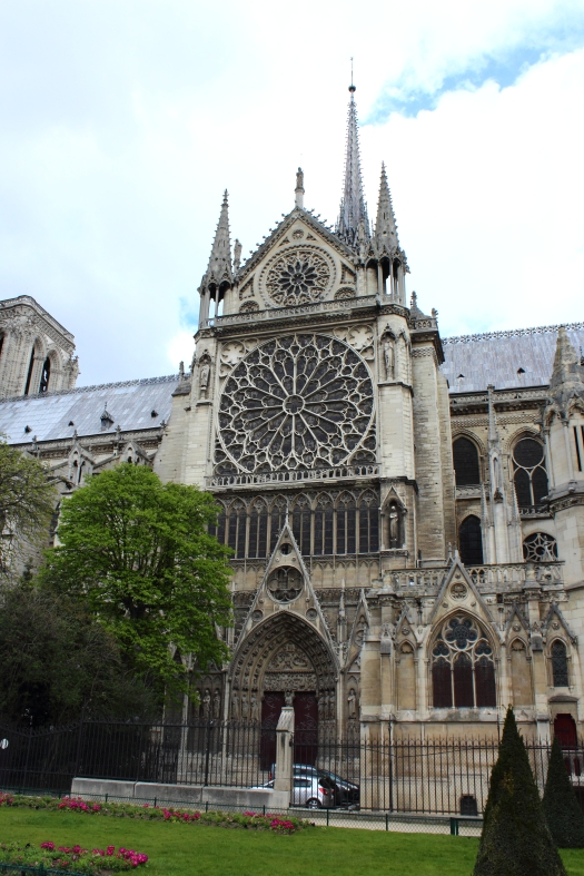 Side entrace, Notre Dame, Paris