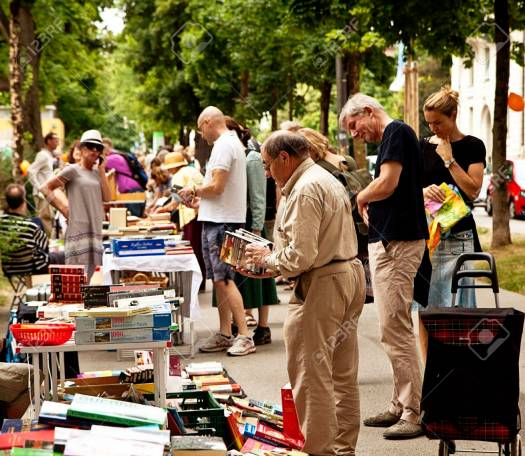 Munich 24.06.2017 Lisar (reading at Isar) book flea market, just for one summer day in June