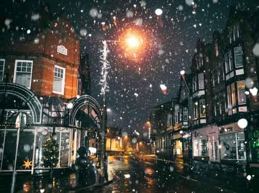Haiku, snow, poem, poems, poetry, snowing, winter, december, Aspasia S. Bissas, aspasiasbissas.com