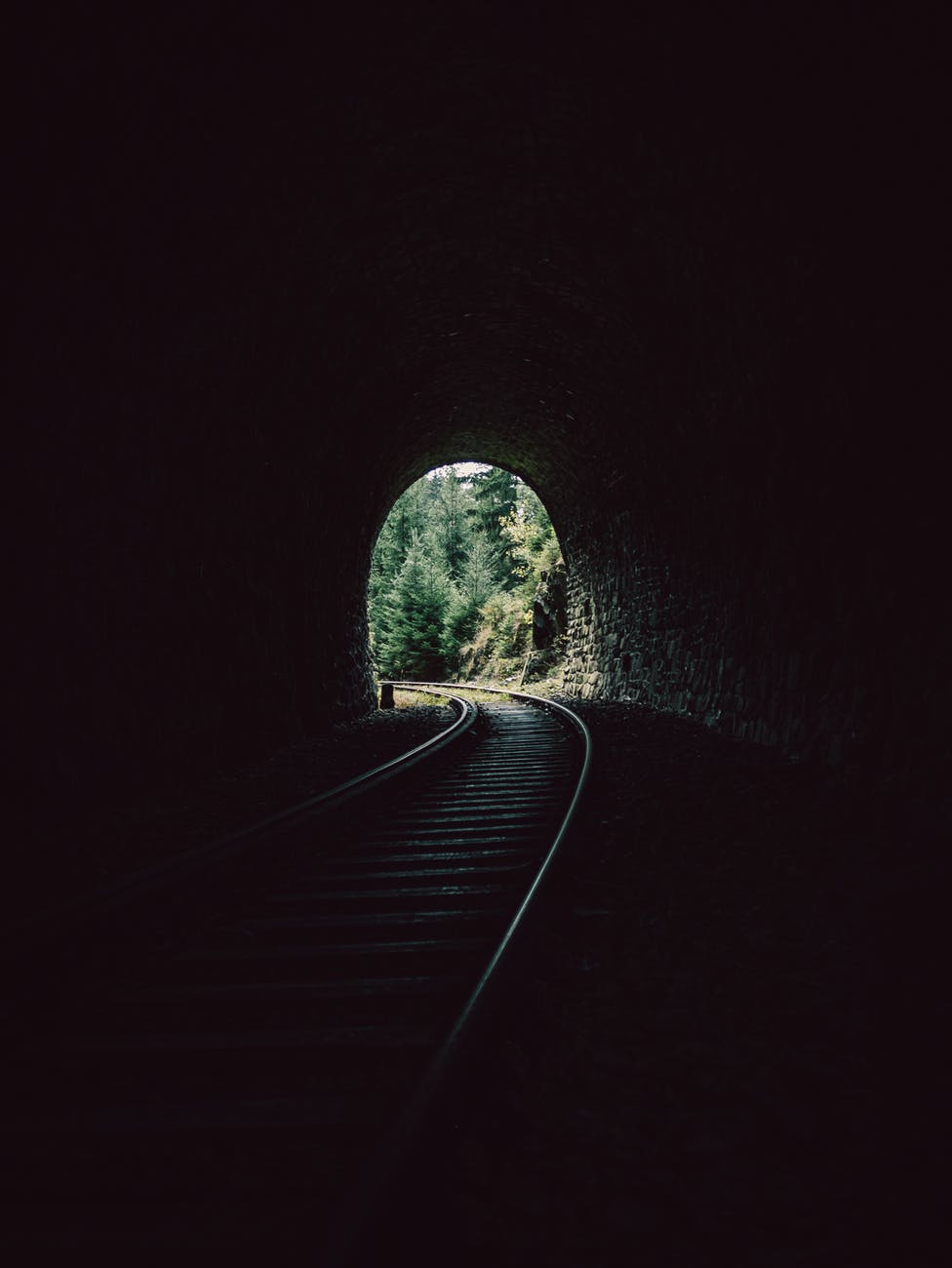 10 Things I Learned in 2020, blog post by Aspasia S. Bissas, 2020, 2021, new year, restrospective, learning, lessons, moving forward, aspasiasbissas.com, light at the end of the tunnel