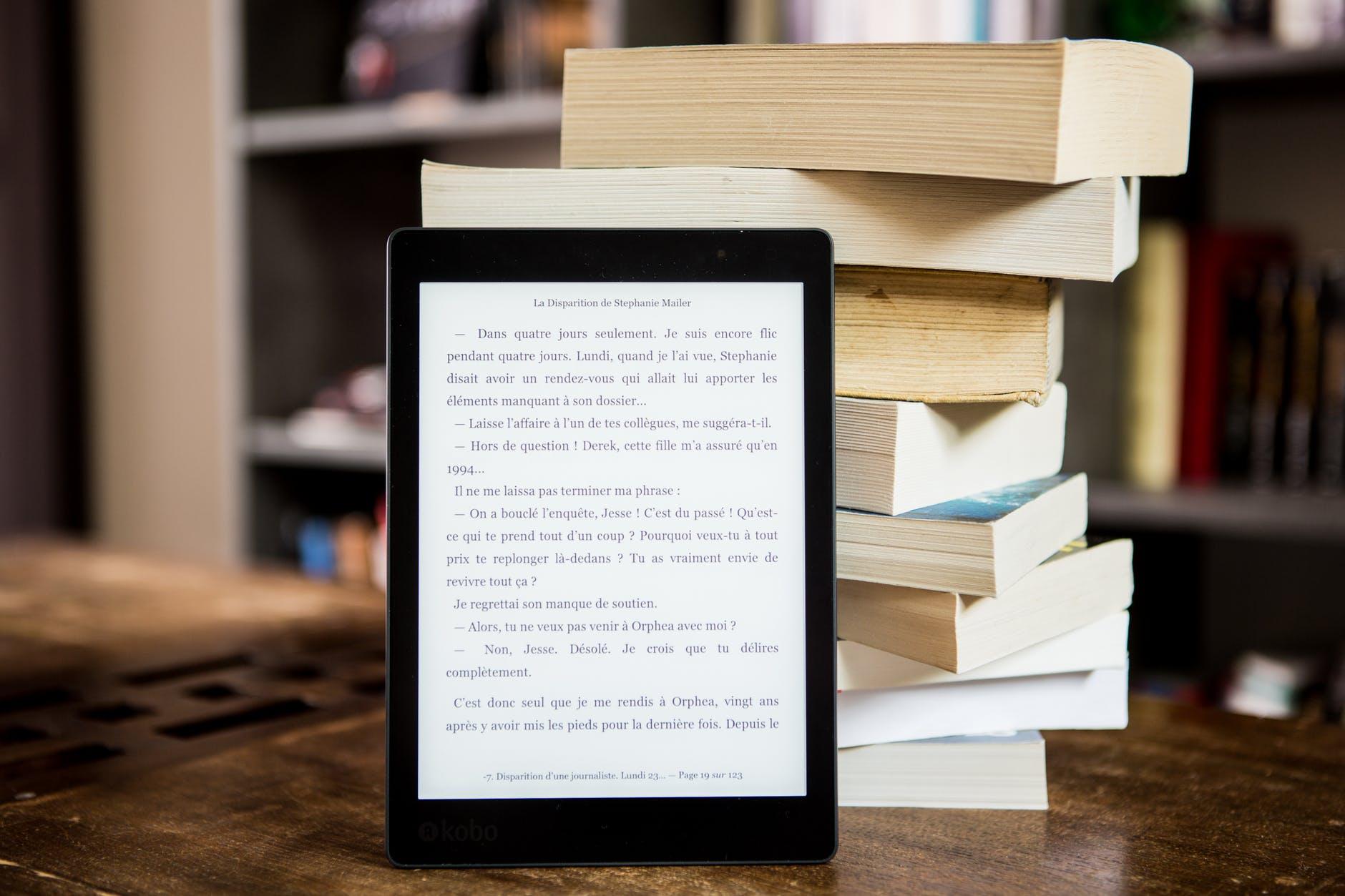 5 Reasons to Love E-Books, blog post by Aspasia S. Bissas, aspasiasbissas.com